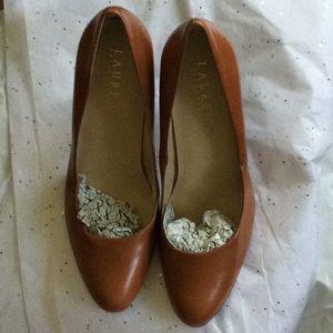 Ralph Lauren heel shoe 7.5 B